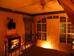 Port Albert Inn and Cottages, 9 Central Wellington Street, N7A 3X9, Port Albert