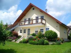 Ferienhof Handlesbauer, Hauptstraße 12, 89364, Rettenbach