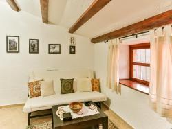 Apartments Old Stone House, Djurmani bb, 85000, Ðurmani