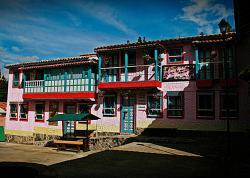 Casa Hotel Los Geranios, Pueblo Boyacense, Manzana 1, casa 4 y 5, 150462, Duitama