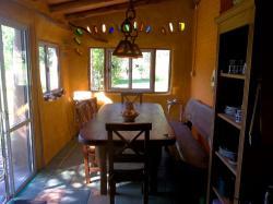 Domingo Hostel, 25 de Mayo 237, 5875, Villa Las Rosas