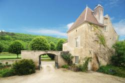 Chateau De Sermizelles, 3 Grande Rue, 89200, Voutenay-sur-Cure
