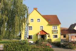 Landgasthof zum Hirschen, Raiffeisenstraße 2, 97714, Oerlenbach