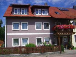 Apartment Am Schloss,  92709, Moosbach