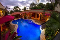 Hotel Iguana Verde, 200 meters west from Orotina Central Park, Orotina, 11000, Orotina