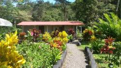 Nacientes Lodge, 1.5km south of the Banco Nacional; in front of Restaurant Tilapias El Angel, 21304, Bijagua