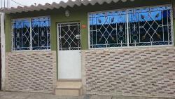 Cozy house Don Alberto, Cuidadela Villa España Valencia Mz 82 V4, 090110, Pascuales