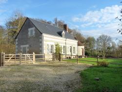 Dîne & Dors, 61 Rue des Platanes, 37460, Loché-sur-Indrois