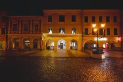 Hotel Slavia, Náměstí Míru 134/72, 568 02, Svitavy