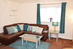 Coober Apartment - Home from Home, 8 Wigeon Road, ME9 8WQ, Sittingbourne