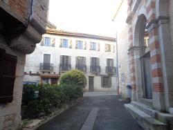 B&B Le Chat Qui Dort, 26 Grand Rue, 82800, Montricoux