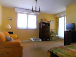 Rental Apartment Les Fleurs - Saint-Jean-de-Luz, All�e des Fleurs, 64500, Saint-Jean-de-Luz