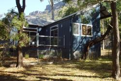 Manuka Cottage, 170 Grampians Road, 3381, Halls Gap