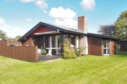 Haarby Holiday Home 638,  5683, Brunshuse