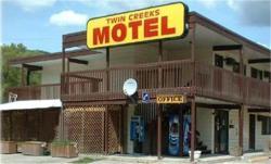 Twin Creeks Motel, 1643 Vernon Street PO Box 721, V0E 2G0, Lumby