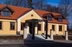 Hotel Koruna, Pražská 10, 50351, Chlumec nad Cidlinou