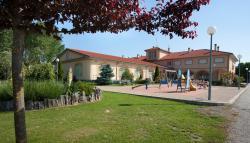 Hotel Restaurante La Alhama, Avenida Valle de Losa s/n, 09500, Medina de Pomar