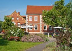 Romantisches Geniesser Hotel Dübener Heide, Am Dorfplatz 4, 04838, Krippehna