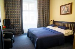 Hotel Bajazzo, Esslinggasse 7, 1010, Wien