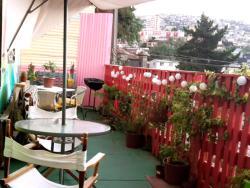 Karamba Hostel, Montealegre 380, 2370541, Valparaíso