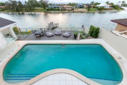 Waterfront Entertainer, 34 Arcadia Drive Mermaid Waters, 4218, Gold Coast