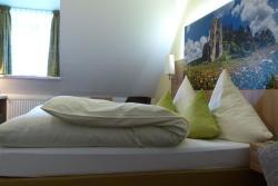 Hotel-Gasthof zur Sonne, Deisingerstrasse 20, 91788, Pappenheim