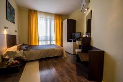 Hotel Coral, 44 Vassil Levski St., 8250, Obzor