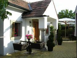 Romantik Chalet, Seestraße 46, 7091, Breitenbrunn