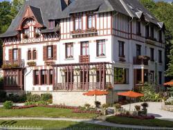 Logis Bois Joli, 12, Avenue Philippe-Du-Rozier, 61140, Bagnoles de lOrne