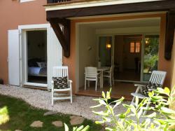Les Restanques, Route Departementale 244, Route de Bardasse, Residence Les Restanques, Apt 2049, 83310, Grimaud