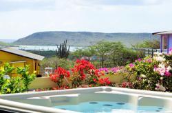 Amazing View Bungalows Curacao, Kaminda San Sebastian A20,, Willibrordus