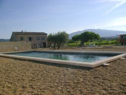 La Grange de Campaulise - Camping à la ferme - Roulotte - Mont Ventoux, 1194 chemin de la combe, 84380, Mazan
