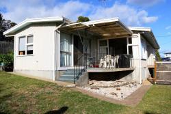 Den & Mollies Cottage, 43b Shaw Street, 7190, Swansea