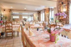 Hotel Michallet, 17 rue neuve, 01510, Artemare