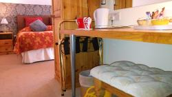 Chester Brooklands Bed & Breakfast, 8 Newton Lane, CH2 3RB, Chester