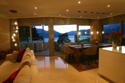 La Camelia - das Luxusferiendomizil mit Pool und Seesicht, via Patocchi 5A 2. Stock, 6605, Locarno