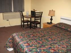 Pals Motel and RV Park, 999 Gershaw Drive Southwest, T1A 7W4, Medicine Hat
