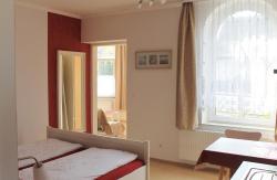 Villa Mignon - Apartment Rot, Karlstr. 7, 17459, Ostseebad Koserow