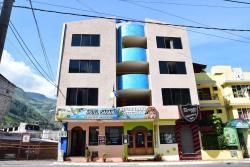 Hotel Sarahi, 16 de Diciembre y Eugenio Espejo, 180250, Baños