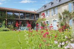 –Holiday home bis Rue du château, 2 bis rue du château, 65250, La Barthe-de-Neste