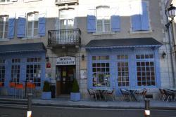 Logis Hôtel de France, 1 Place de l'Hotel de Ville, 64260, Arudy