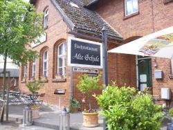 Restaurant & Pension Alte Schule, Lange Straße 32 A, 18569, Schaprode