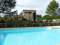 Villa Saint Maximim la Sainte Baume 4732,  83470, Saint-Maximin-la-Sainte-Baume