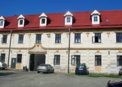 Hotel Valaskuv Grunt, Kozov 7, 78322, Bouzov