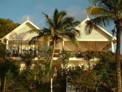 Green Roof Inn, Sea view , Carriacou, Хиллсборо