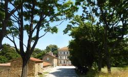 Chateau Chavagnac, Chateau Chavagnac, Chavagnac, Lemps, 07610, Lemps