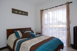 Apartotel Don Luis, La Ribera, Belén.  del Fresh Market 300 Metros Al Norte, 40702, Bajo de las Labores