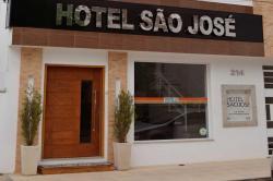 Hotel São José, Praça São Fidélis, N° 214 - Centro, 28400-000, São Fidélis