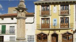 Hostal Las Grullas, Plaza España, 5, 44230, Tornos