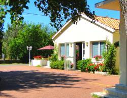 Hôtel Le Nautile, 21 Allée Des Mimosas, 17370, Saint-Trojan-les-Bains